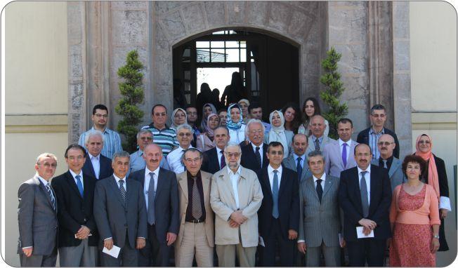 http://gsf.fatihsultan.edu.tr/resimler/upload/Guzel-Sanatlar-Fakultesi-Ogrencileri-Ilk-Sergilerini-Actilar-13-110612.jpg
