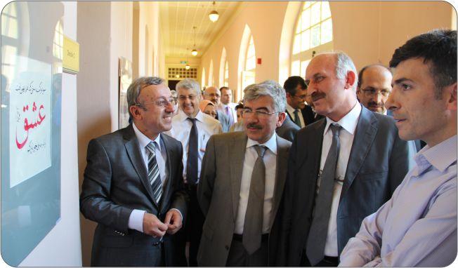 http://gsf.fatihsultan.edu.tr/resimler/upload/Guzel-Sanatlar-Fakultesi-Ogrencileri-Ilk-Sergilerini-Actilar-5-110612.jpg