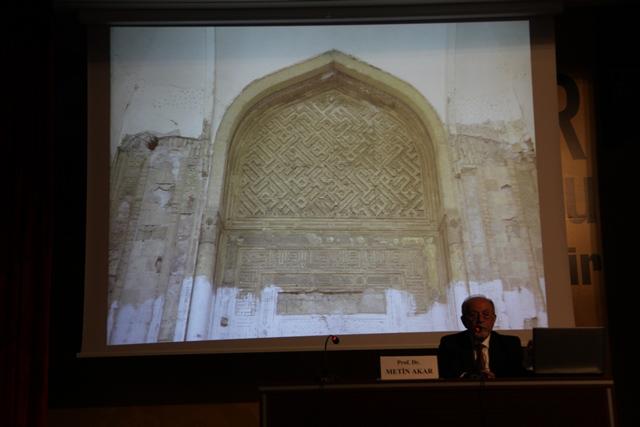 http://gsf.fatihsultan.edu.tr/resimler/upload/Hatt-i-Ma-kili-Konferansi-Prof-Dr-Metin-Akar-in-Katilimiyla-Yapildi-8140513.jpg