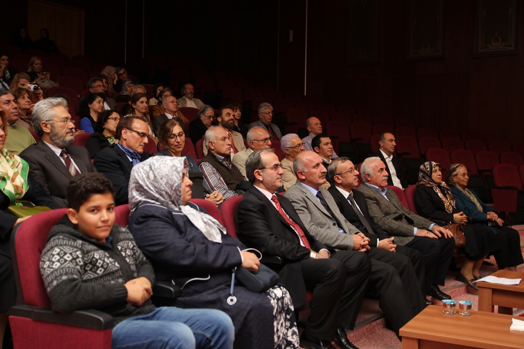 http://gsf.fatihsultan.edu.tr/resimler/upload/Kandilli-Konserleri-kapsaminda-Turk-Sanat-Musikisi-Konseri-Yapildi-3251013.jpg