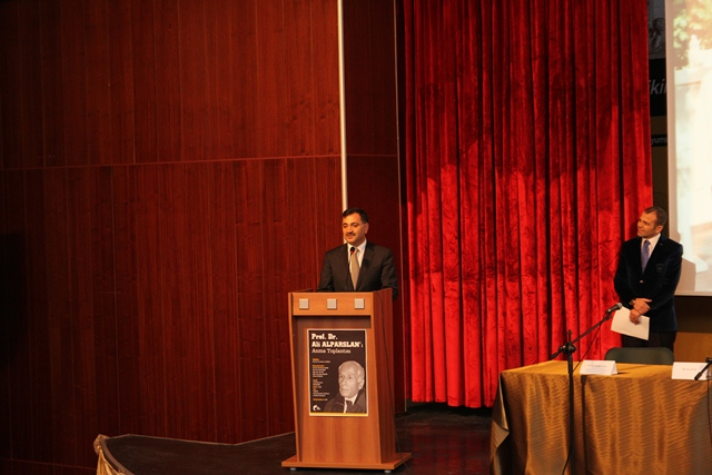 http://gsf.fatihsultan.edu.tr/resimler/upload/Prof-Dr-Ali-Alparslan-i-Anma-Toplantisi-Yapildi-4-280113.jpg