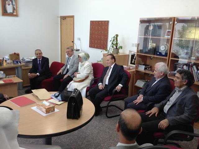 http://gsf.fatihsultan.edu.tr/resimler/upload/Sharjah-Universitesinde-Geleneksel-Turk-Sanatlari-Sergisi-13150513.jpg