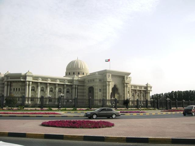 http://gsf.fatihsultan.edu.tr/resimler/upload/Sharjah-Universitesinde-Geleneksel-Turk-Sanatlari-Sergisi-15150513.jpg