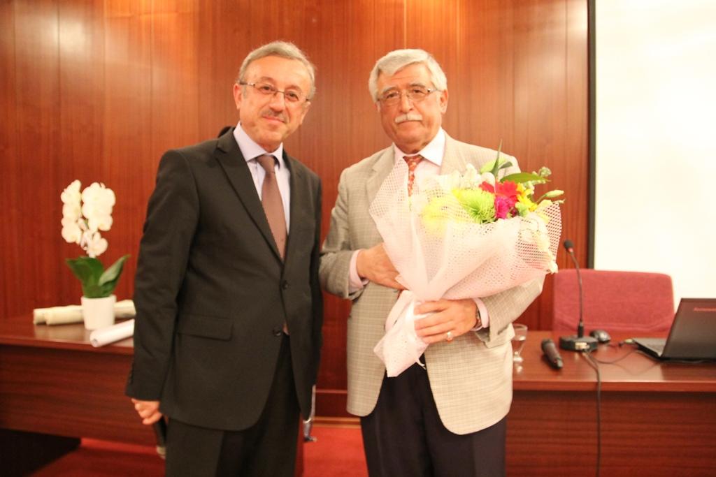 http://gsf.fatihsultan.edu.tr/resimler/upload/Yazinin-En-Guzel-Haline-Adanmis-Bir-Omur-4271114.jpg